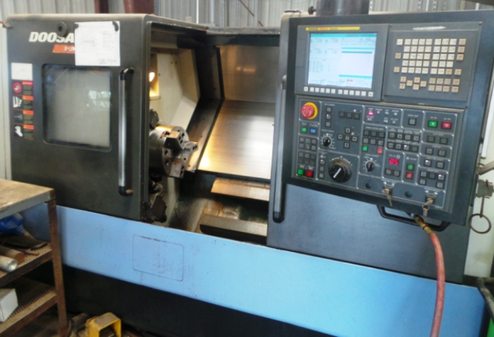 DOOSAN 2012 Turning Center