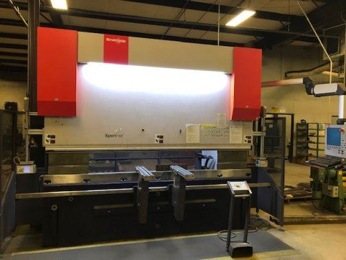 150 TON x 10 BYSTRONIC XPERT 150 X 31000, 6-AXIS,MFG:2012   Our stock number: 11516