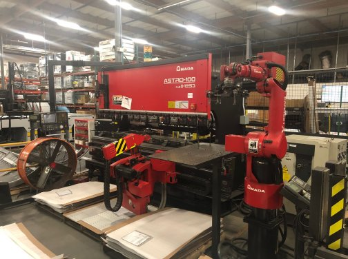 138 Ton Amada Astro 100MH Automated Bending Robot,FBDIII1253 MFG:2001   Our stock number: 11716