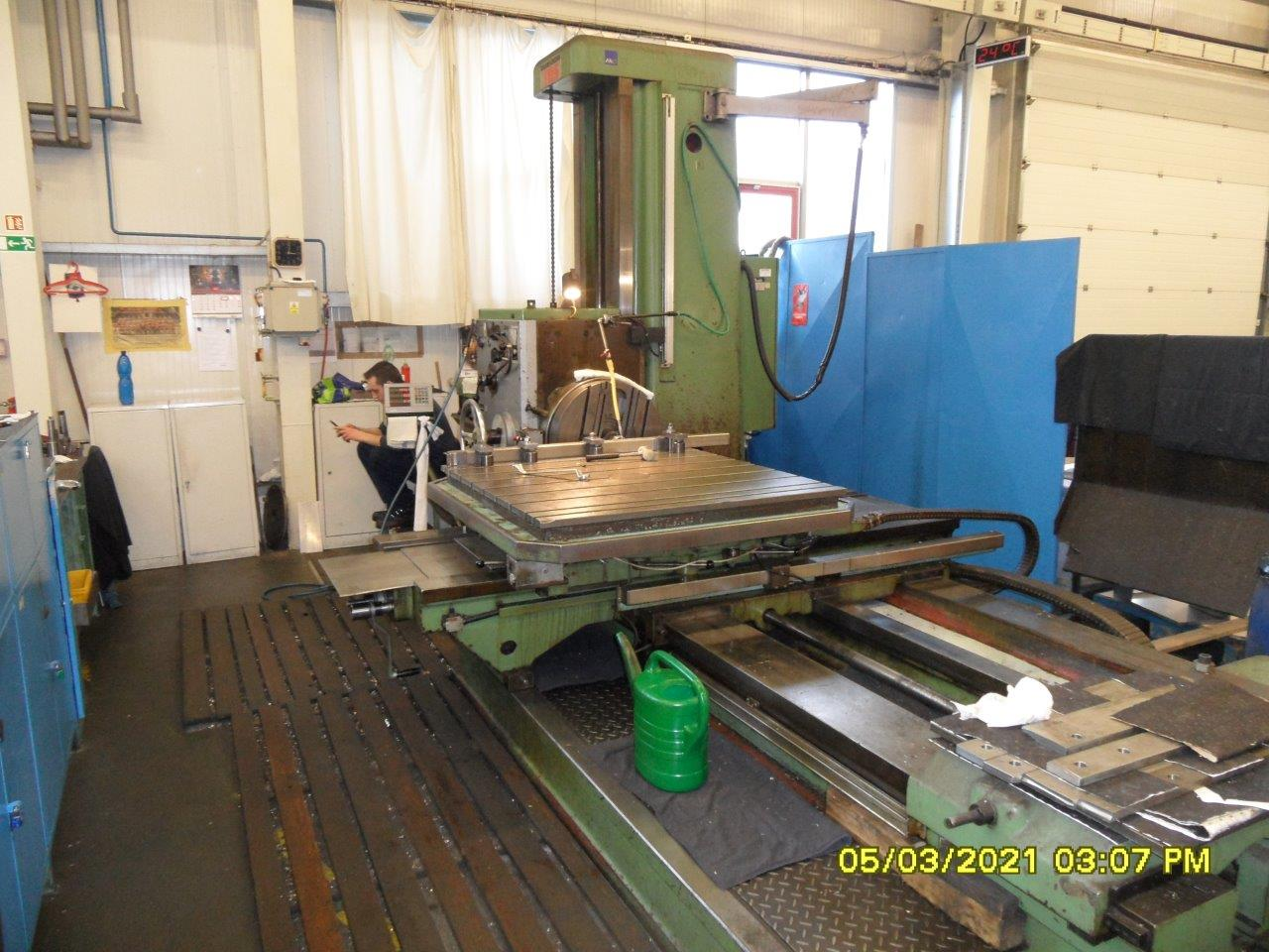 TOS Varnsdorf Horizontal Boring Mill with spindle diameter over 90 mm (3.5